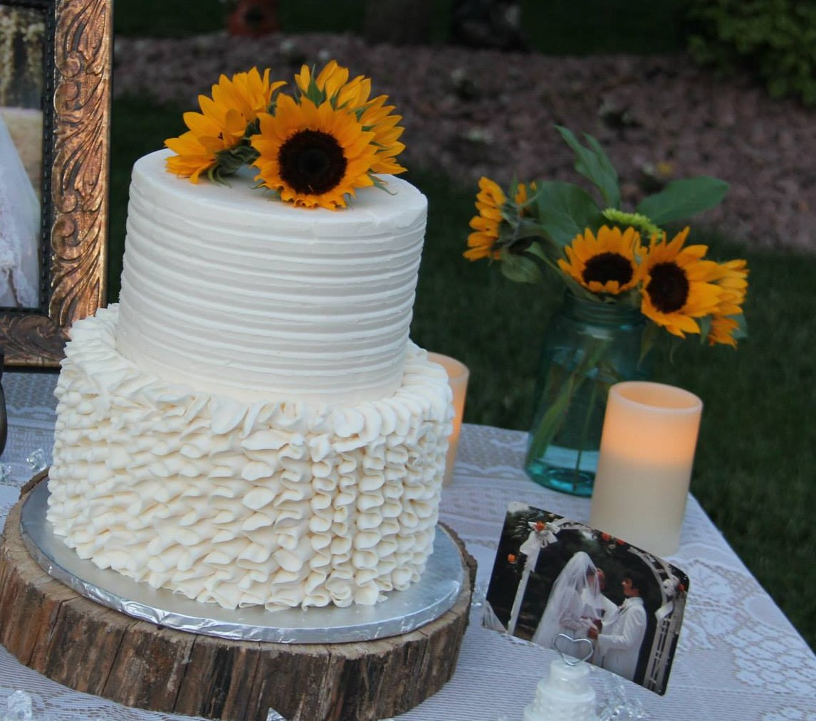 wedding grooms st louis custom cakes